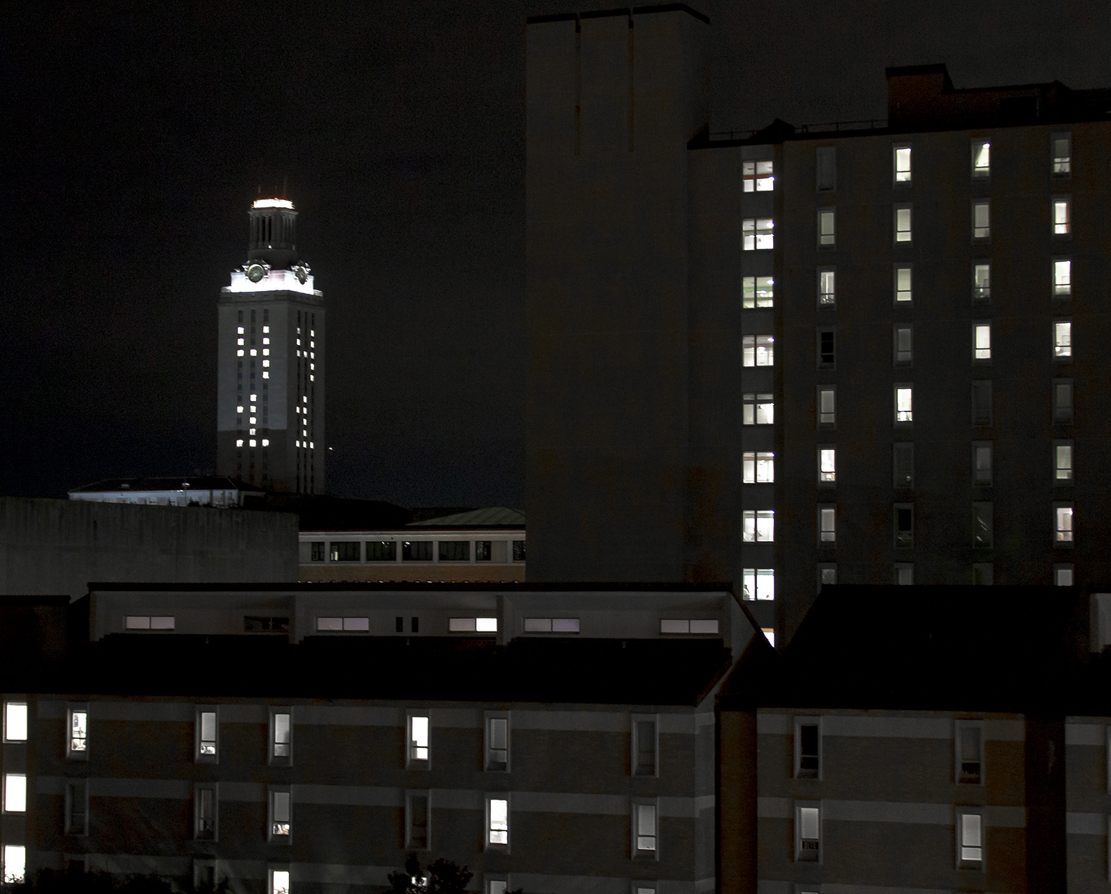 The University of Texas at Austin tower is lit