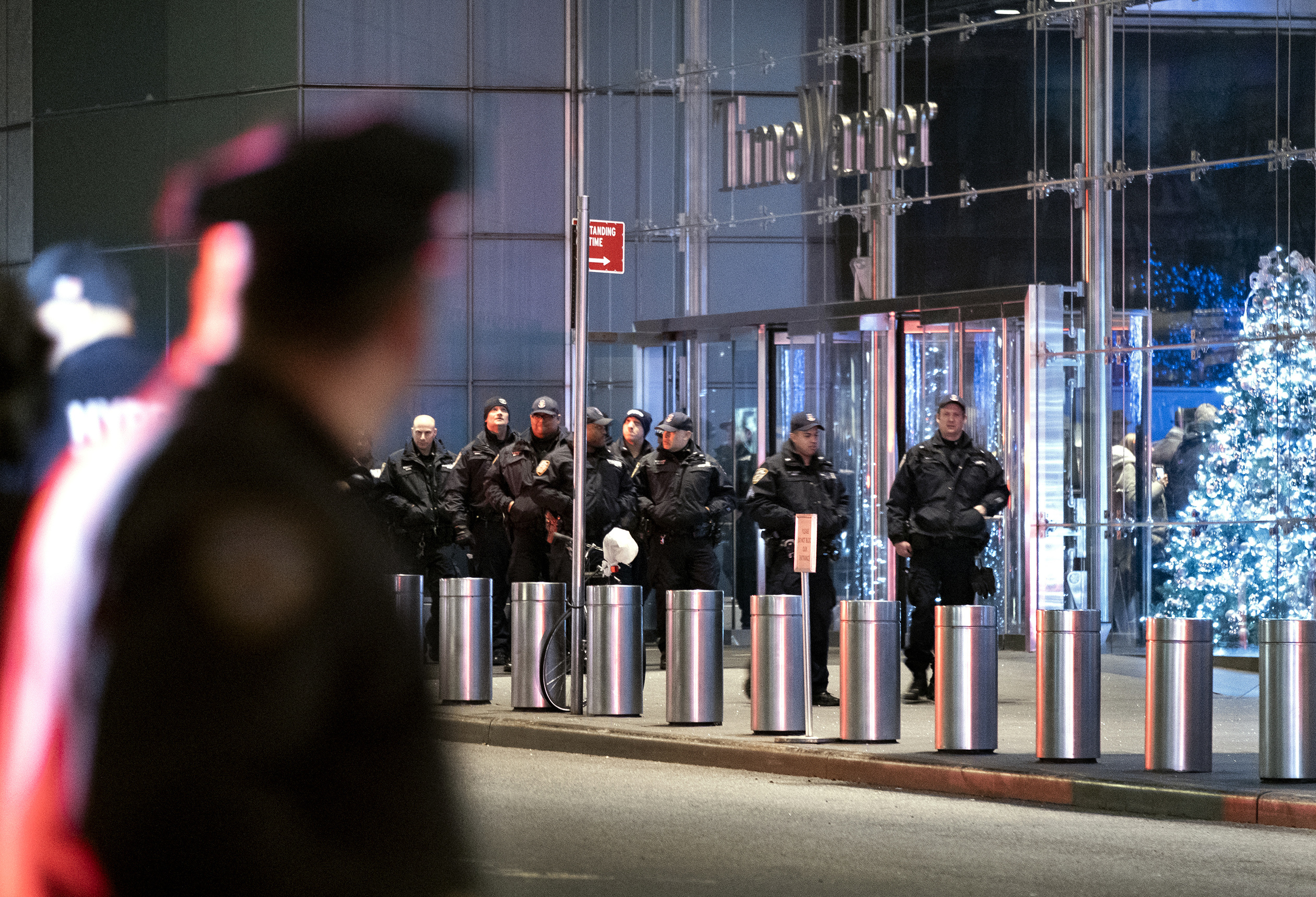 All clear after threat forces evacuation of CNN offices