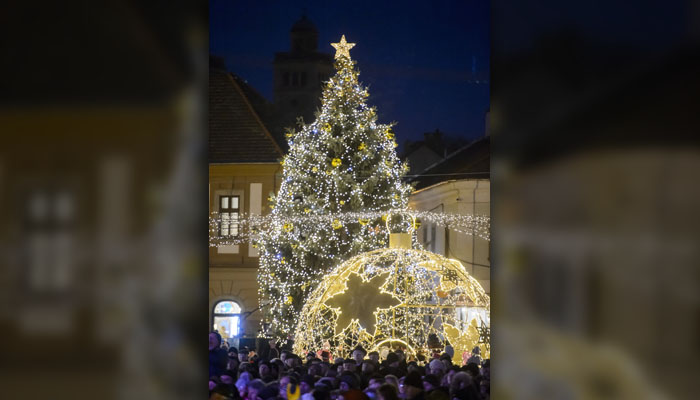 Visitors Gather To View Decorations Set Up At Dobo Square In Eger, 127  Kilometers Northeast ...